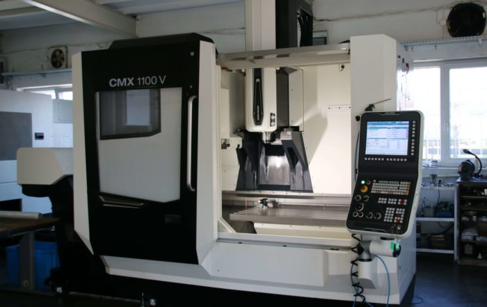 DMG MORI CMX 1100V